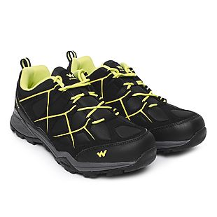 584eb1d2c0fa2 Buy Men Trekking Shoes Fogg - Black Online   Shoes at Wildcraft
